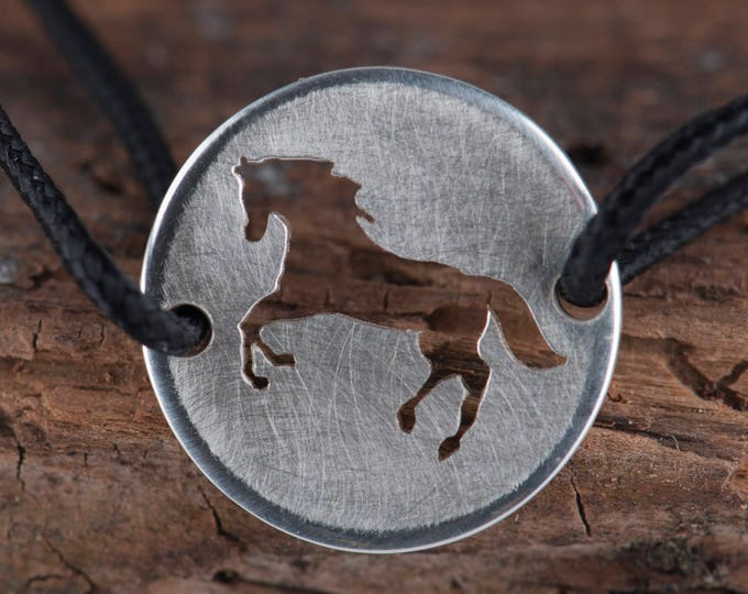 Silver Charm with Horse, Sterling silver horse charm, Horse lover gift, Veterinarian jewelry gift, Animal charm bracelet