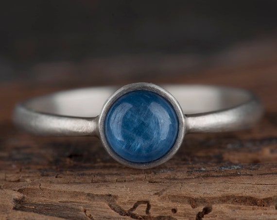Sterling silver kyanite ring