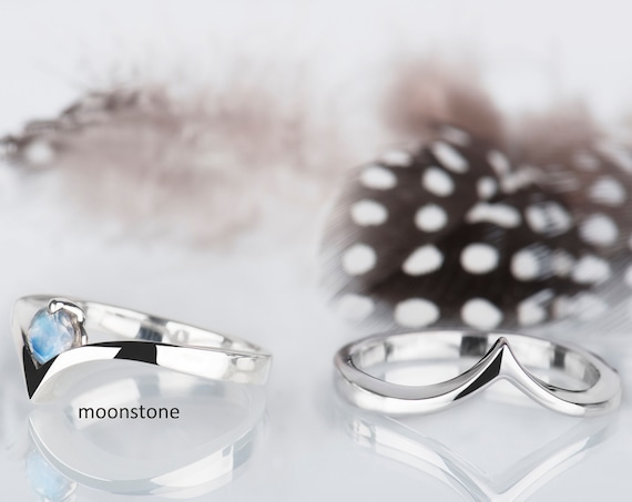 His and her promise rings, Couples jewelry, Alternative wedding bands