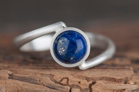 Sterling silver lapis lazuli ring