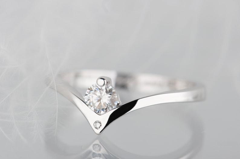 14K white gold moissanite and diamond engagement ring image 0