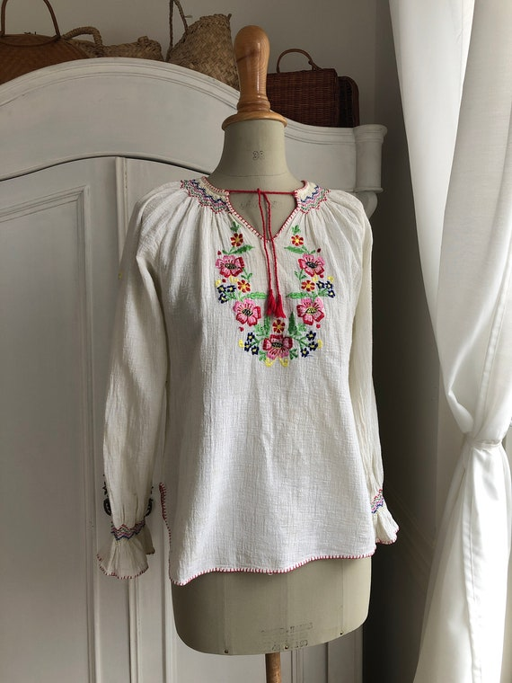 Vintage Embroidered Blouse, Hungarian/Folklore/Boh