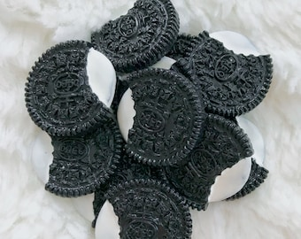 Oreo Cookie and Cream Charm for DIYs and Slimes ( 5 pieces) by Dear Slime