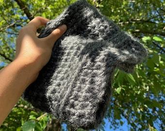 gray chunky cowl