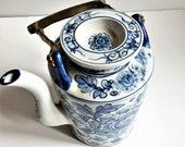 LARGE 19th Century Chinese BlueWhite Antique Porcelain Tea Pot, Charming Chinese Export Blue white Teapot with Brass Handle