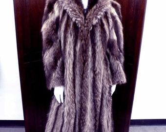 1920s Fourrures Perreault Raccoon Fur Coat