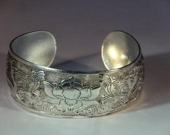 Vintage Sterling Silver Chinese Lotus Flower Bird Design Bangle Cuff Bracelet Adjustable Amulet