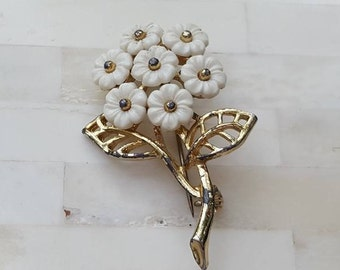 Brooch / Daisy Pin