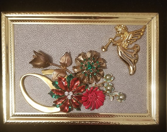 Framed Jewelry Art  Mixed Media Vintage and Contemporary Christmas