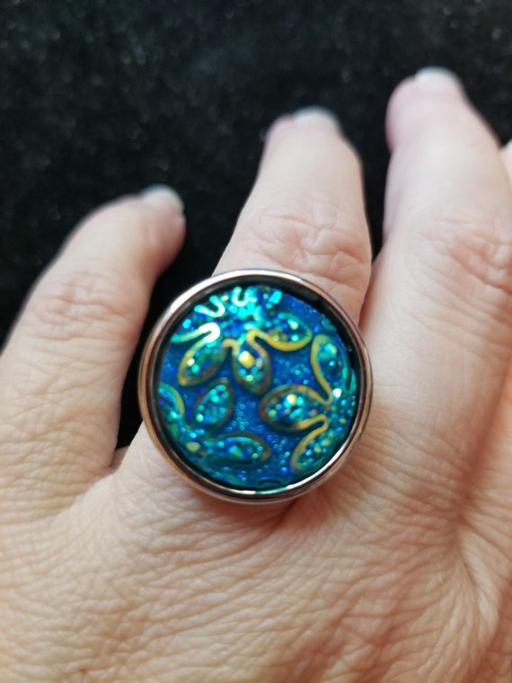 Costume Jewelry Adj Statement Ring Teal Blue/Green AB Shimmer resin cabochon