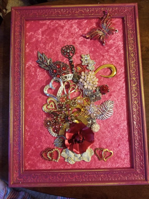 "Framed Jewelry Art ""Be My Valentine"""
