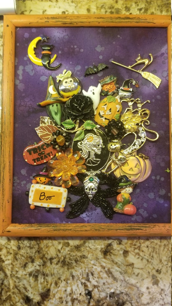 "Framed Jewelry Art ""Halloween"""