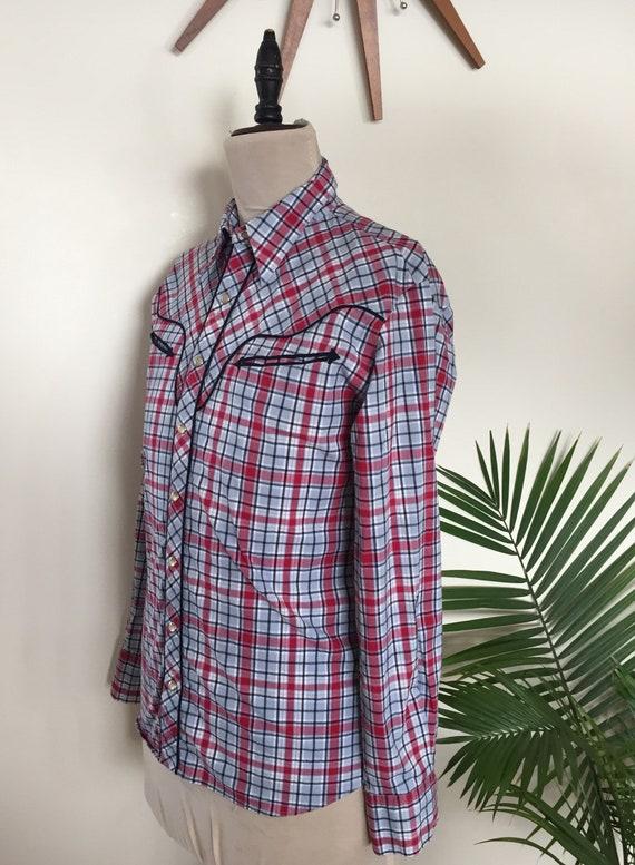 70 s 80 s chemise western blanc, à carreaux, rouge bleu et blanc, western poches de la flèche, perles boutons pression (Sz M) a0c514