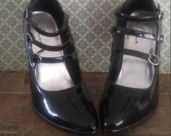 Vintage Ellie Black High Heels