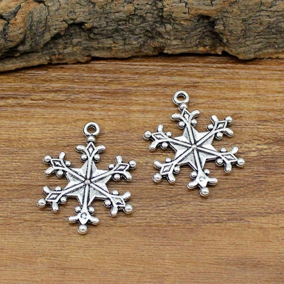 10 Snowflake Charms Antiqued Silver Christmas Pendants Winter 2 Sided