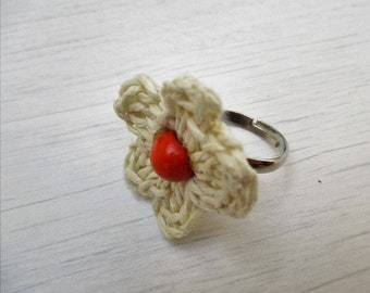 Flower Ring orange or yellow center