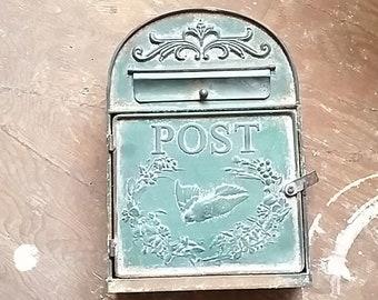 Merveilleux Green Wall Mount Mailbox, Mailbox, Outdoor Wall Mount Mailbox, Green Mail  Box, Letter Box, Wall Mailbox, Mail Boxes, Vintage Mailbox,