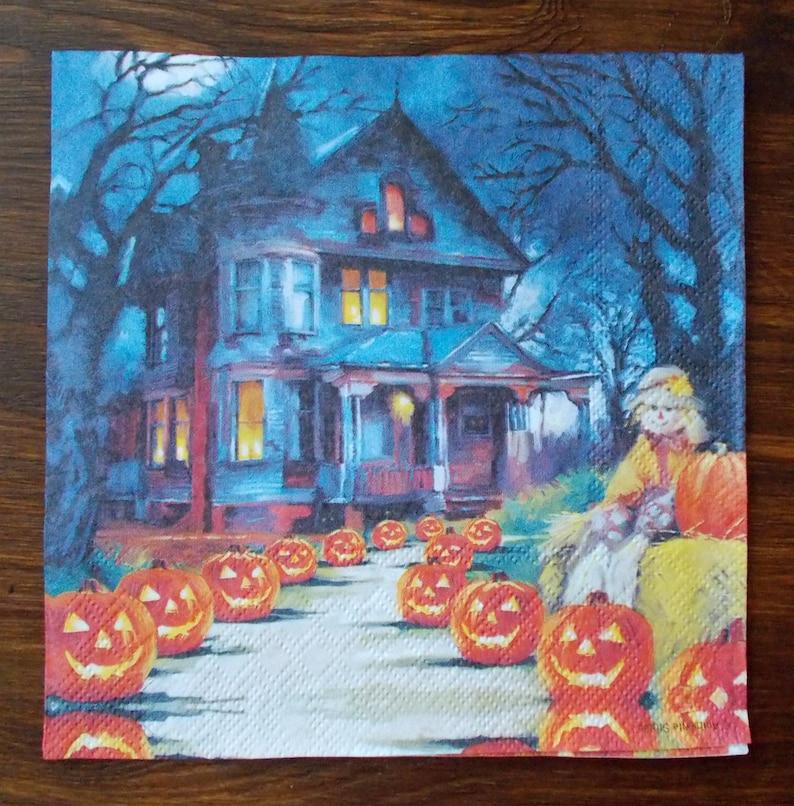 Set 4 Halloween paper napkins size 33cm x 33cm for Decoupage Design Scrapbooking Decor Creating collages