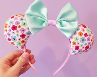 Pretty Floral Minnie Mouse Ears