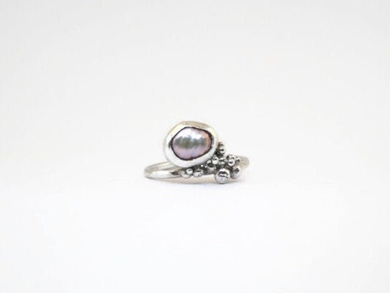 Baroque Pearl Ring Pearl Ring Gold Ring Gold Ring Hammered Ring White Pearl Ring Pearl Jewelry Pearl Engagement