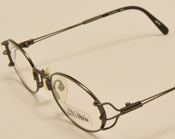 Jean Paul Gaultier 55-6104 oval shape / light metal frame / exclusive design / pretty details / NOS / Made in Japan / Vintage eyeglasses