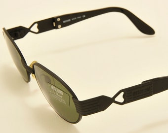 336a77c5d9 Moschino by Persol