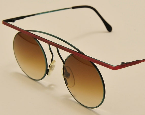 TAXI mod.205 by Casanova round shape / metal color frame / masterpiece design / craftsmanship / 80s / Made in Italy / Vintage sunglasses