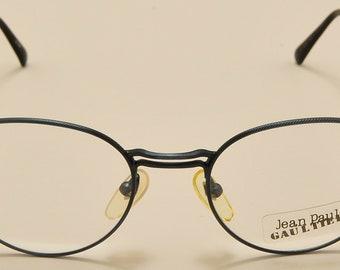 a12736ae6fe50 Jean Paul Gaultier 55-4176 oval shape   light metal frame   linear design    fine details   NOS   90s   Made in Japan   Vintage eyeglasses