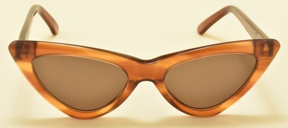 Kador 2503 cat eye shape / brown acetate frame / NOS / 90S / handmade in Italy / pin up style / Vintage sunglasses