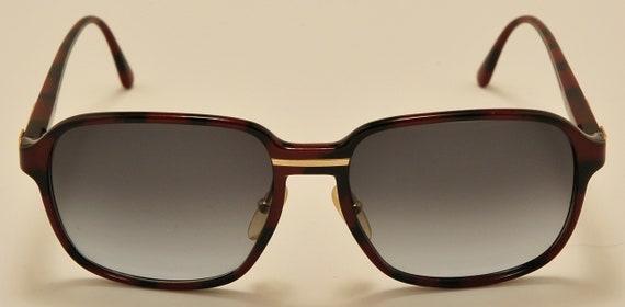 Burberrys 8278 by Safilo squared shape / optyl frame / golden details / elegant taste / NOS / Vintage sunglasses