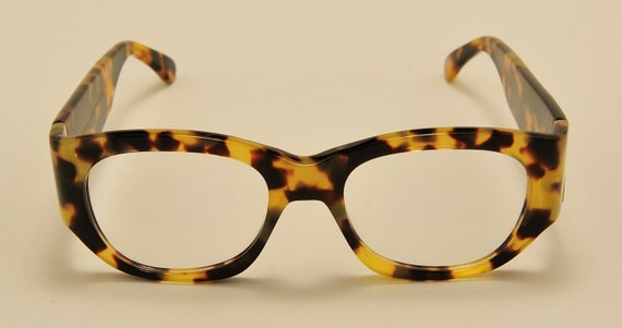 Kador 130 col.001 squared shape / acetate tortoise / NOS / 90S / handmade in Italy / really exclusive / Vintage eyeglasses