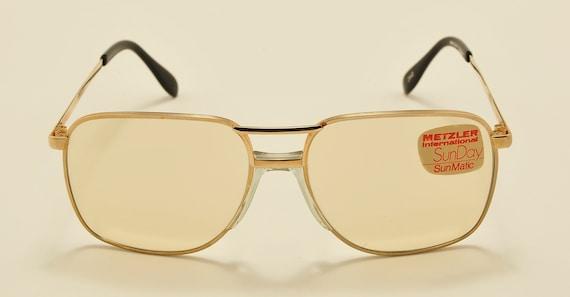"Metzler International ""SunDay"" squared aviator shape / metal and golden frame / original photocromatic lenses / NOS / Vintage sunglasses"