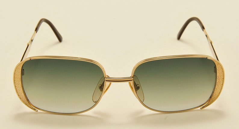 04be35dc8d80f Christian Dior 2713 squared shape   golden frame   Made in
