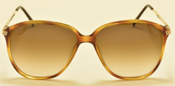 Playboy 4605 classic shape / golden and optyl frame / Made in Austria / 80s model / NOS / brown gradient lenses / Vintage sunglasses