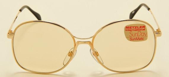 "Metzler ""SunDay 1850"" round shape / golden frame / photocromatic lenses / 70s model / NOS / Made in West Germany / Vintage sunglasses"