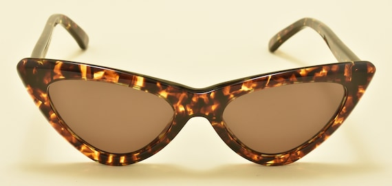 Kador 6104 cat eye shape / tortoise acetate frame / NOS / 90S / handmade in Italy / pin up style / Vintage sunglasses
