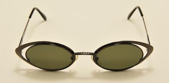 LAGERFELD 4136 03 oval metal shape / 90s model / NOS / Made in France / original lenses / Vintage sunglasses