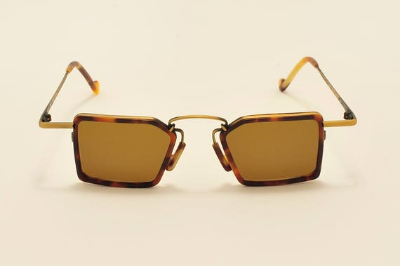 Robert Rudger 1240 squared shape / extravagant design / light frame / 80s model / NOS / new lenses / Made in Austria / Vintage sunglasses