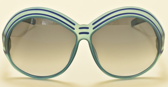 Christian Dior 2040 50 oversized shape / rare round frame / Optyl satin blue / 80s model / NOS / Made in Germany / Vintage sunglasses