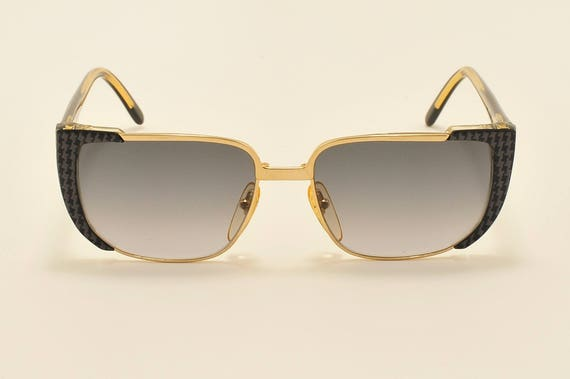 Valentino 133 P7 squared shape / golden and design details frame / 90s / NOS / Made in Italy / Vintage sunglasses
