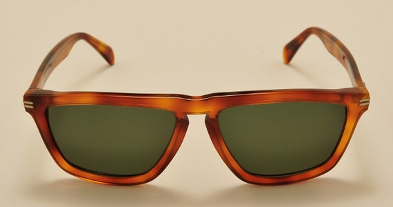 """Police """"VogartLine"""" wayfarer shape / acetate tortoise frame / NOS / hand made in Italy / 90s / nice design / Vintage sunglasses"""