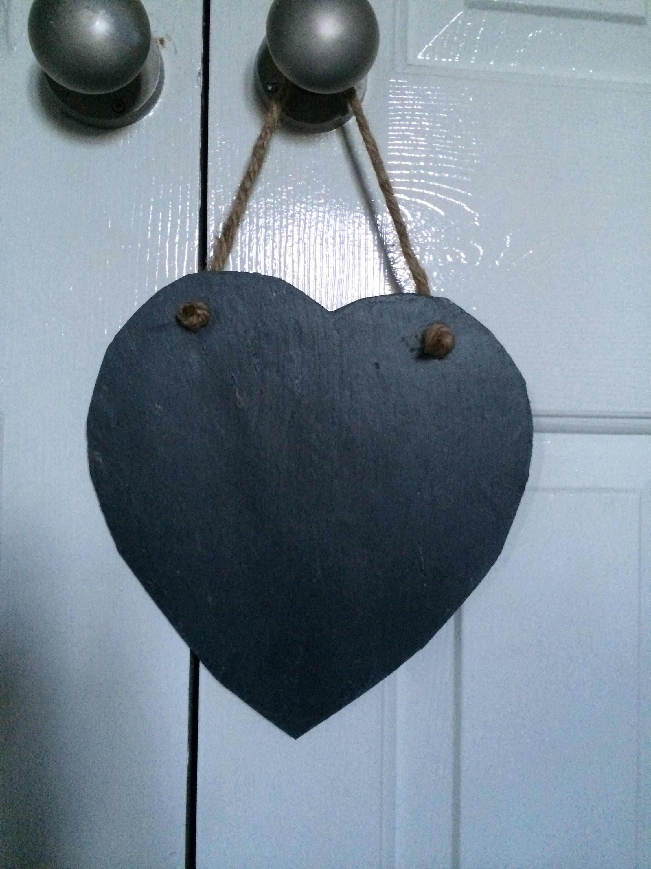 X20 Handmade Slate Heart Chalkboard Name Tags Wedding Favours Shabby Chic 8cm