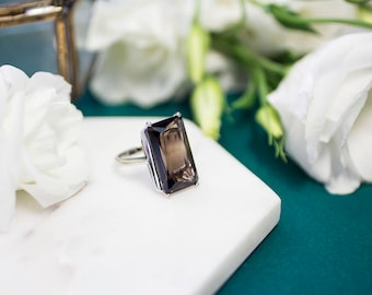 18.2ct Smokey Quartz and Sterling Silver Ring