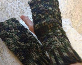 Camo fingerless gloves