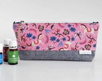 Essential Oil Pouch - Essential Oil Travel Bag - Linen Zipper Pouch - Pouch with Horses - Organizer Pouch