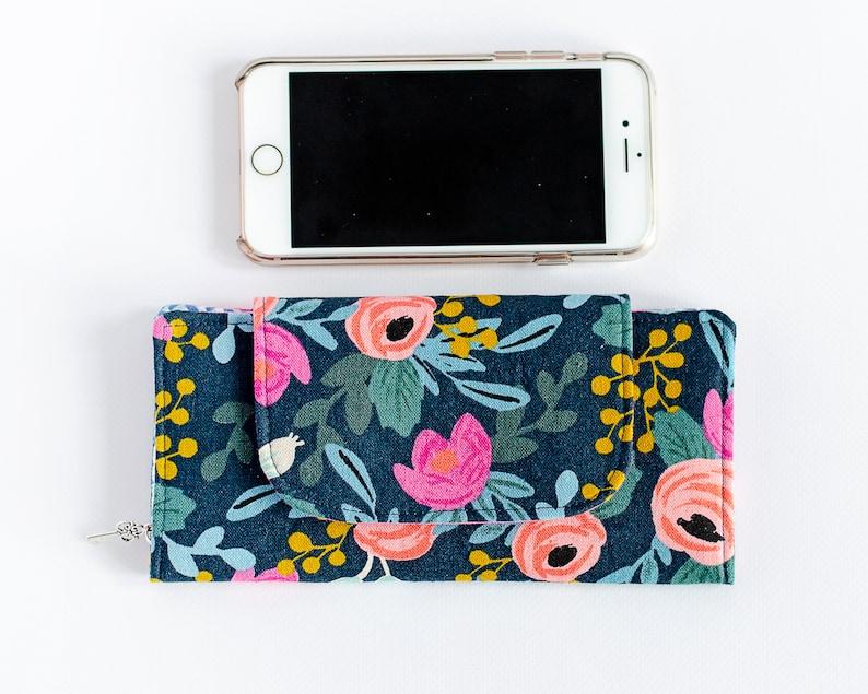 Floral Canvas Minimalist Wallet  Slim Navy Pocketbook  image 0