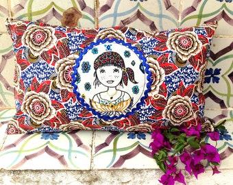"Rectangular cushion embroidered ""Maria"""