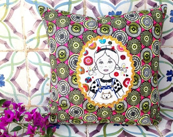 """Pillow embroidered """"Paloma"""""""