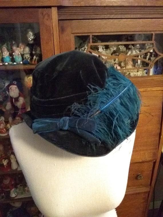 1910 King dark teal blue velvet hat/ Antique Edwar