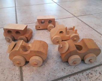 Lot of 5 wooden toy cars